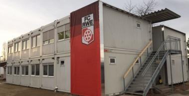 Der FC Rot-Weiß Erfurt e.V. übernimmt das Containerdorf